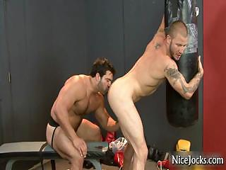 Hot sportswoman gets assfucked at gym by nicejocks