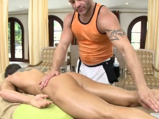 Male masseur is delighting a bulky gay suffer
